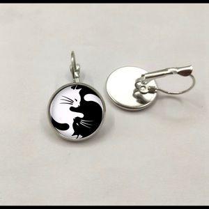 Intertwining Yin Yang Cat Earrings